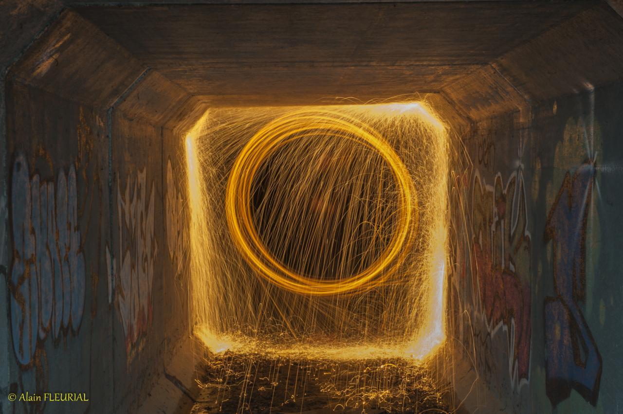Light painting laine d'acier enflammée